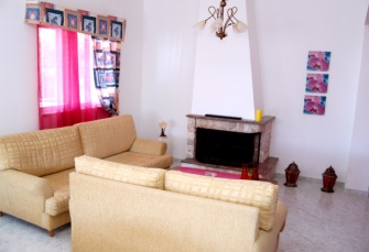 George Beach Studios - Villa for 2 - 6 Adults in Pefki, Pefkos, Rhodes